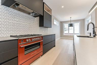 First-Floor-Kitchen-stovetop.jpg