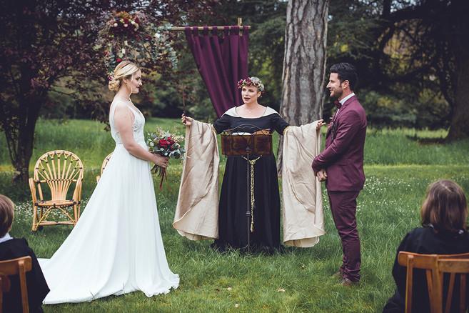 Robe Célébrante par Féerie Couture
