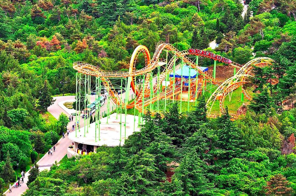 Roller Coasta Mtatsminda Park Tbilisi