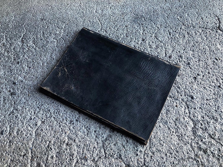 Hand clacked document case