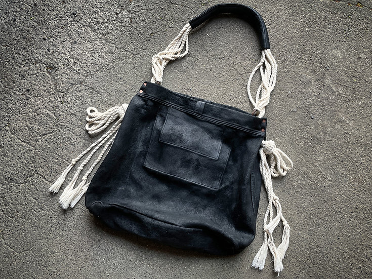 Waxed cow reverse 3 way rope bag