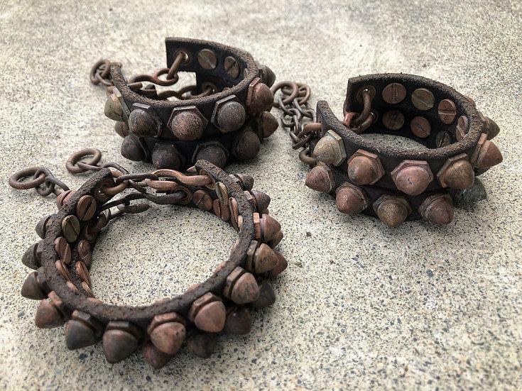 Hexagon studs bracelet