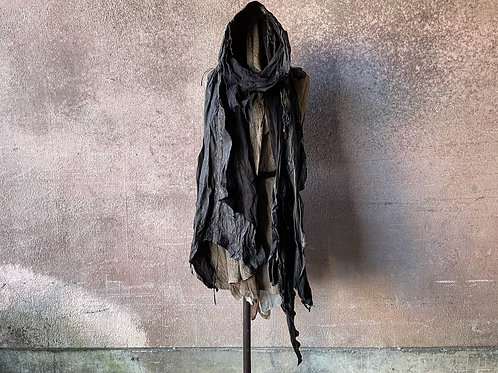Calf garment dyed leather stole [DP]