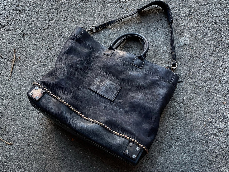 Garment dyed studs tote bag