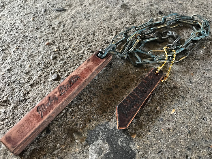 Decayed leather bar necklace