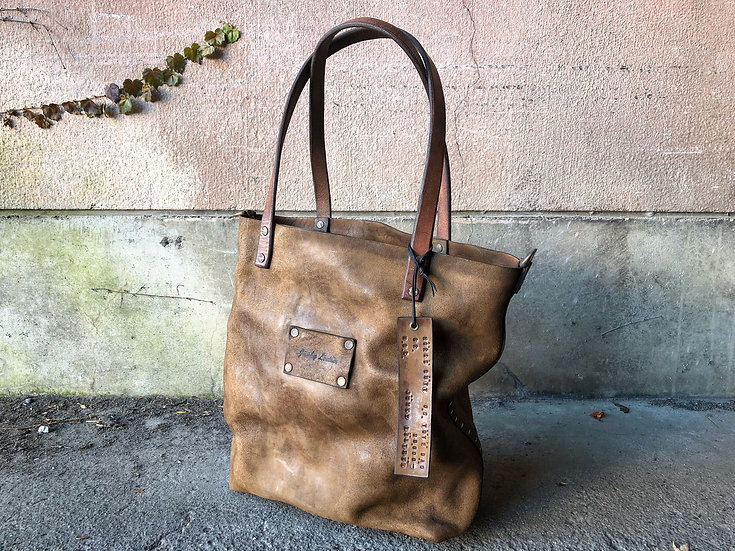 Horse butt reverse OS tote bag [BR]