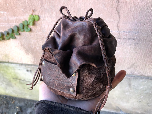 """Leather """"Kinchaku"""" saving bank [S]"""