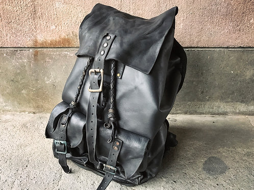 Junkie Backpack [B]
