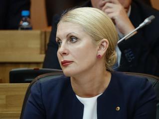 На внеочередном заседании  парламентарии официально признали статус «Дети войны»