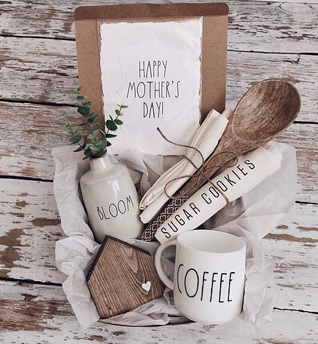 Classic Mother's Day Gift Box