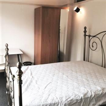 A19 MASTER BEDROOM 2 28HILL.jpg