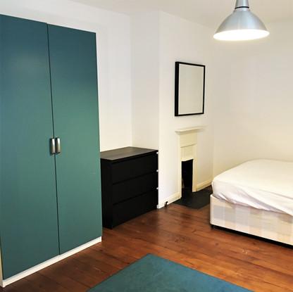 A2 MASTER BEDROOM 5 11COL.JPG