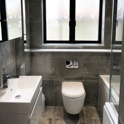 A6 MASTER BATHROOM 1WILL.JPG