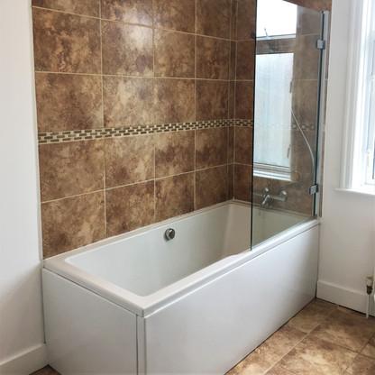 A9 MASTER BATHROOM 47GRA.jpg