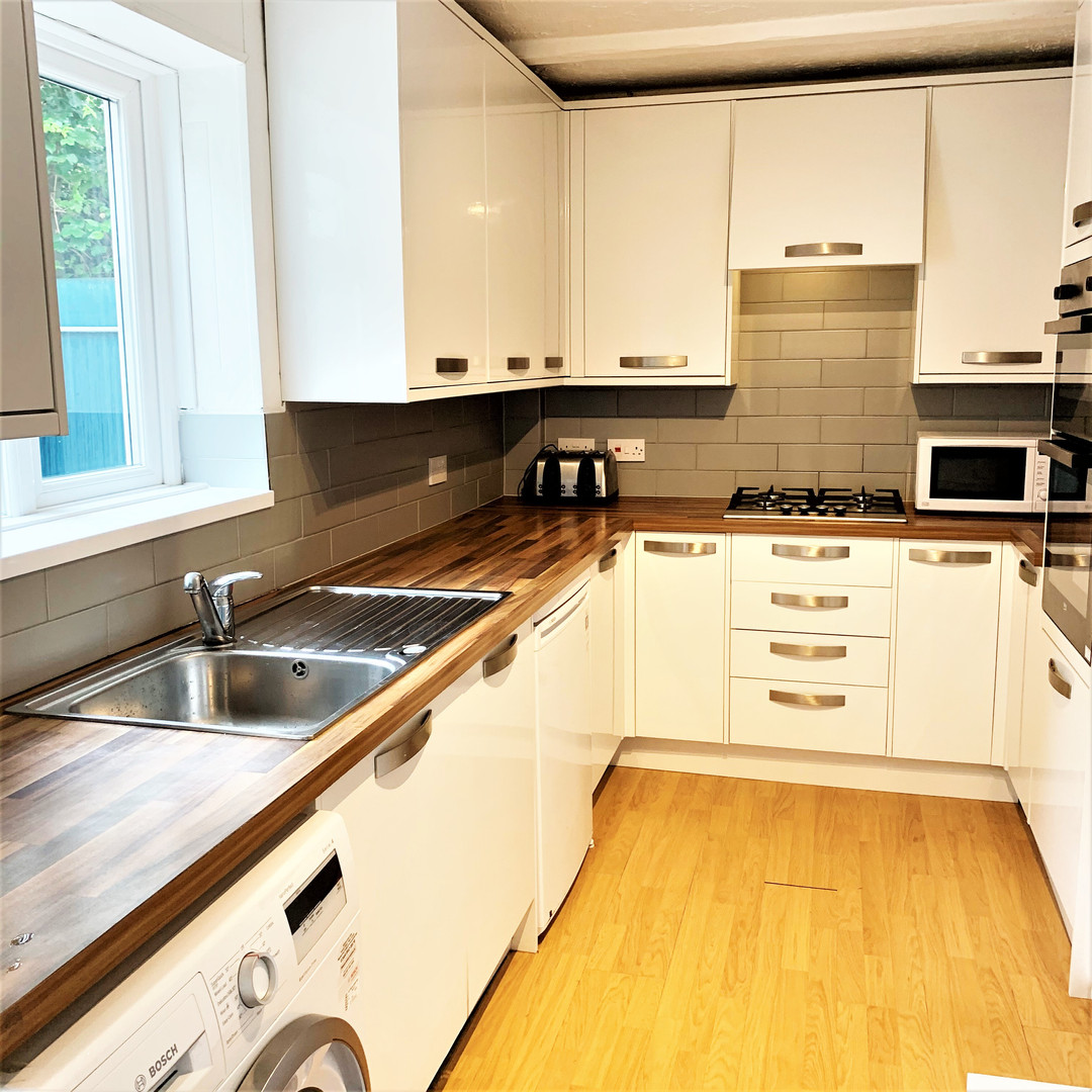 A2 MASTER KITCHEN 112HILL.jpg