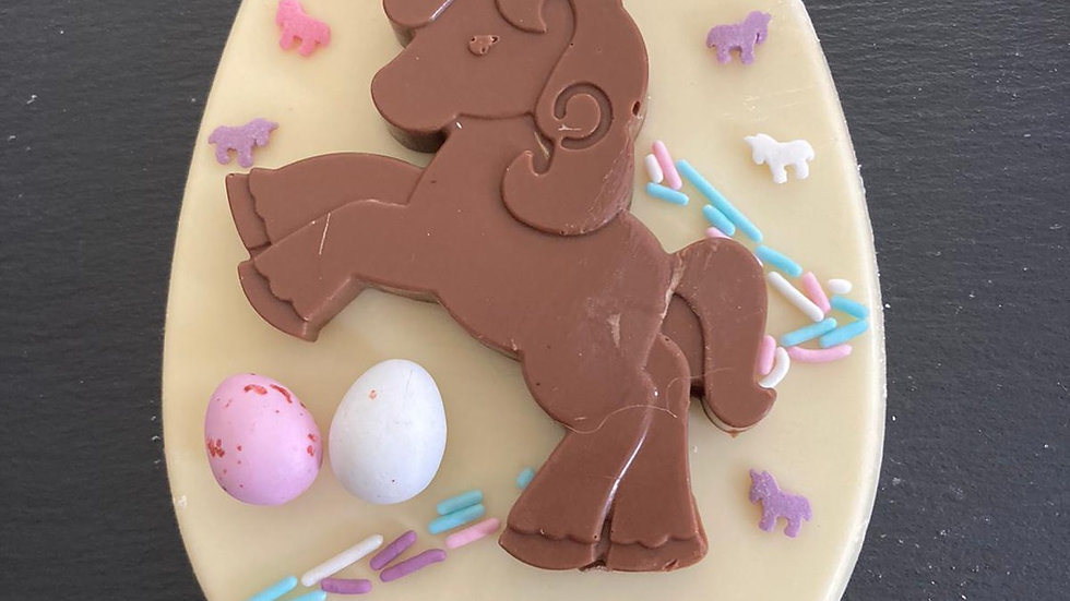 Decorate your own Unicorn Easter Egg Plaque Kit