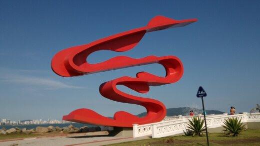 Escultura de Tomie Ohtake (Santos)