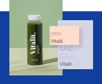 Flacon transparent aux lignes épurées portant le logo Vitalit, créé par Wix.