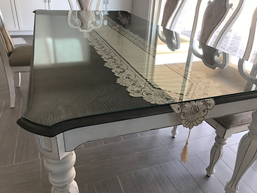 Custom clear quarter inch table top with a pattern
