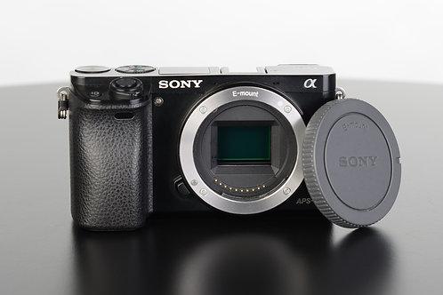 Sony Alpha 6000 Body