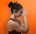 Le mani giunte in Posizione di yoga