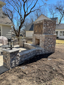 Outdoor Fireplace - Lime Stack Mix - Brown/Arkansas