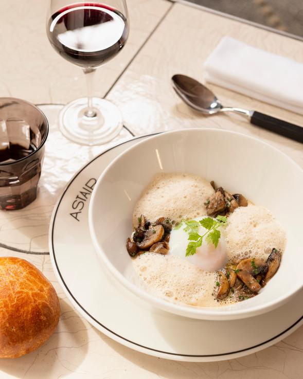 Oeuf parfait aux champignons de Paris