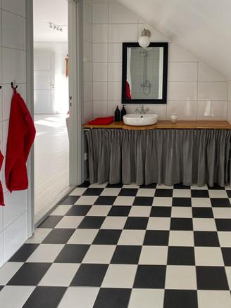 Bathroom 3 second floor
