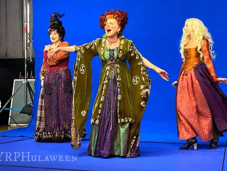 """Review of the Halloween Event: """"In Search of the Sanderson Sisters: A Hocus Pocus Hulaween Takeover"""
