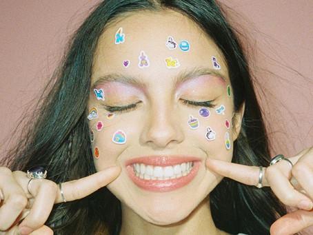 Conheça Olivia Rodrigo, a artista da Disney que está quebrando recordes
