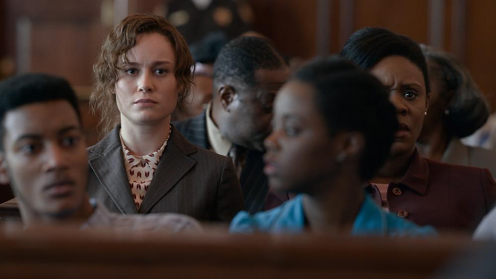 Brie Larson em cena do filme Luta por Justiça