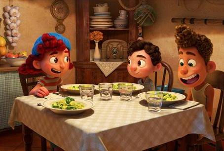 Aprenda a fazer o macarrão ao pesto mostrado no filme 'Luca'
