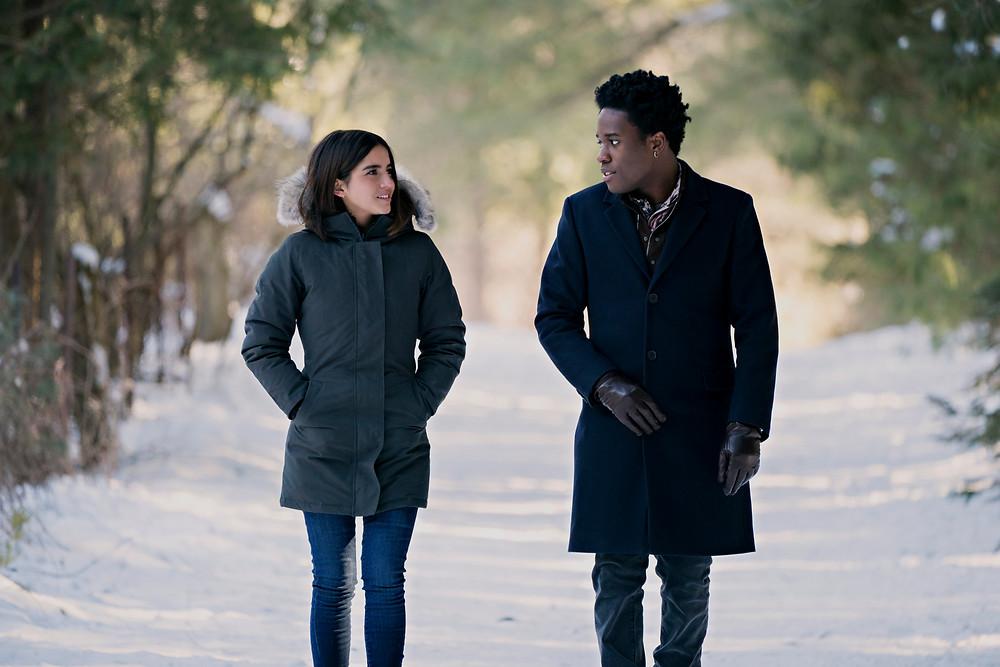 Cena do filme 'deixe a neve cair' ou let it snow, da netlifx. Baseado no romance de John Green