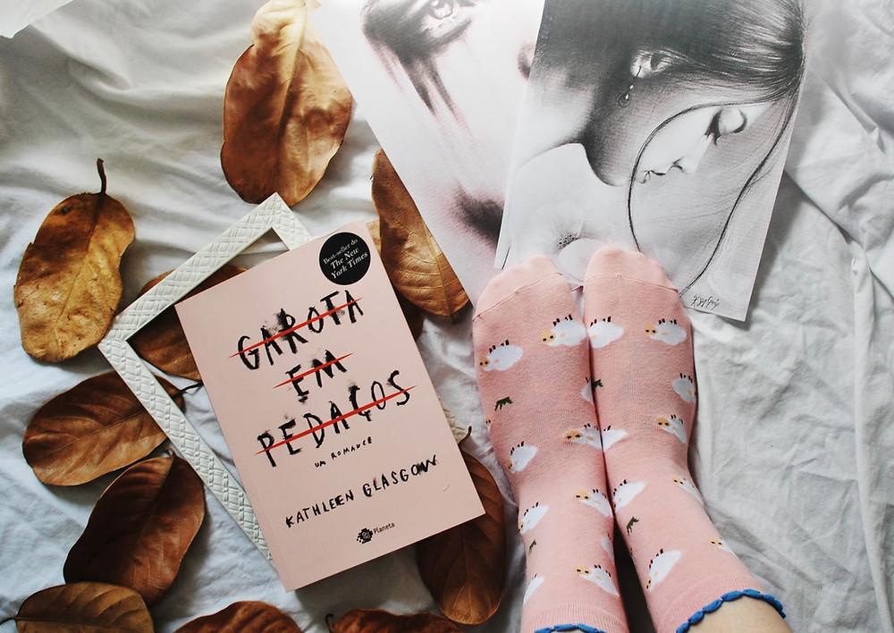 foto do livro garota em pedaços