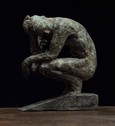 CROUCHING MAN MAQUETTE