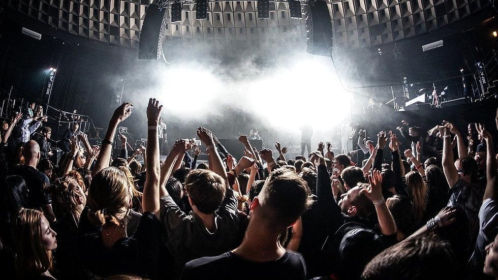 CP concert5 1720x1280 pixabay.jpg