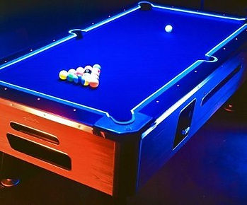 glow-in-the-dark-pool-table-kit-table.jp