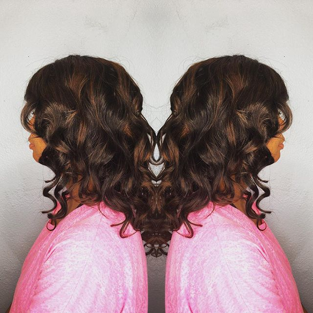 #ombré #highlights #customunit #customunitwig #vegasstylist #curls #beachwaves #enjoy _queenvirginre