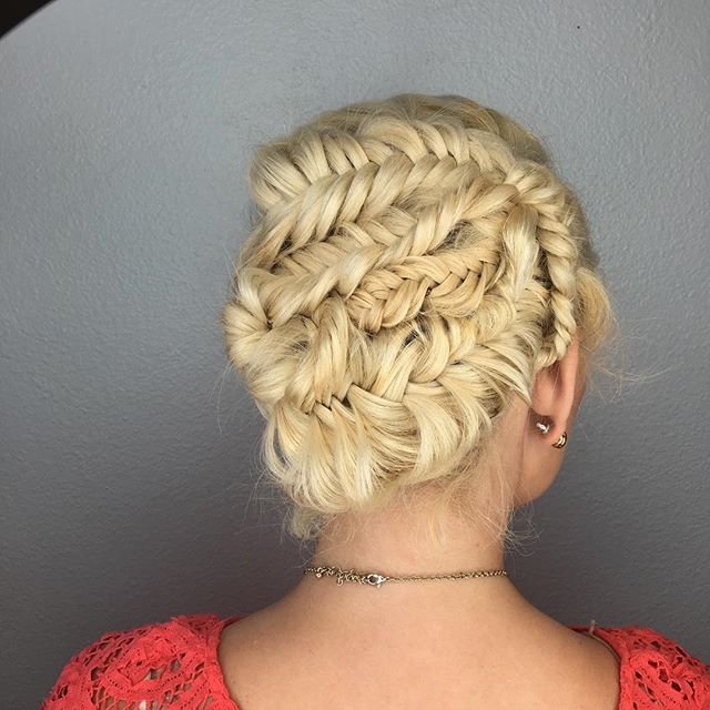 #fishtail #fishtailbraid #braidupdo #weddinghair #inspired _heatherchapmanhair #love