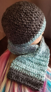 Small Beanie & Small Regular Scarf Set