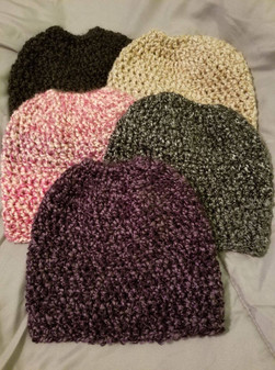 Medium Pony Tail Beanie (3)