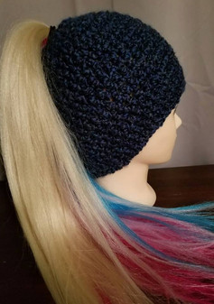 Medium Pony Tail Beanie (1)
