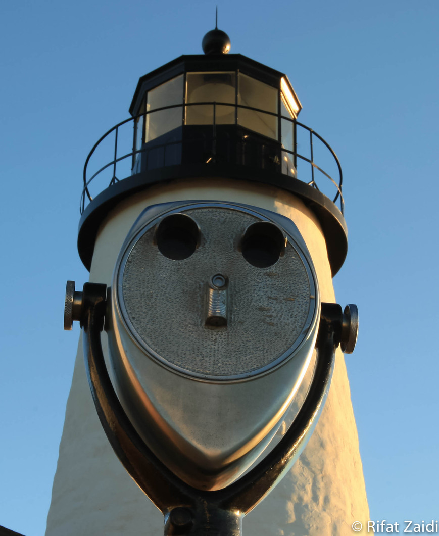Happy Lighthouse