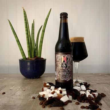 Oca Cervejaria lança Imperial Stout perfeita para o inverno com um DNA tropical