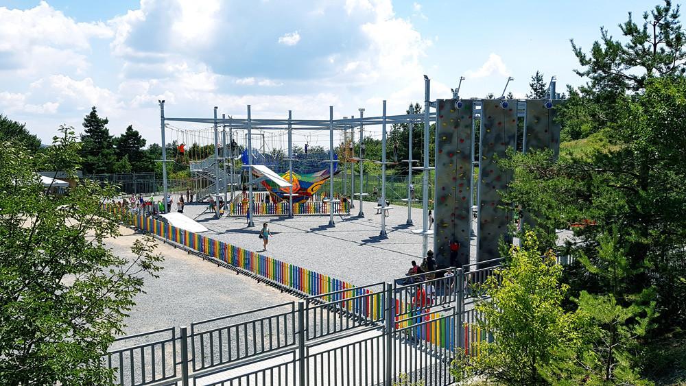 Freizeitpark in Karandila