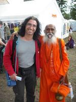Mit Yogananda (101J.), 2012