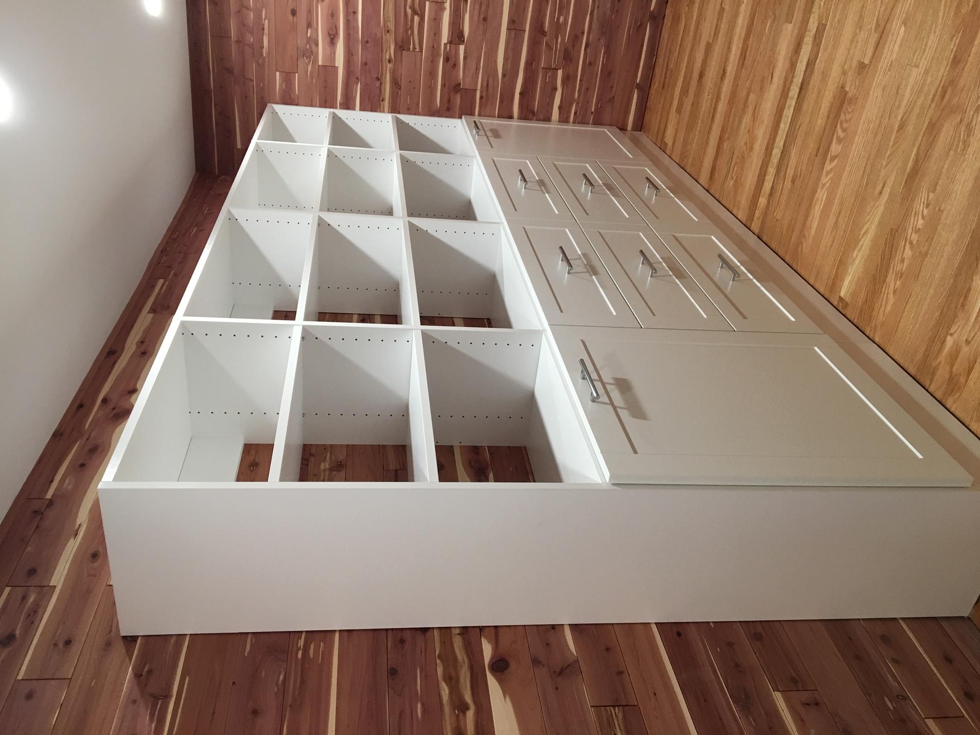 White Classica Shaker Drawers