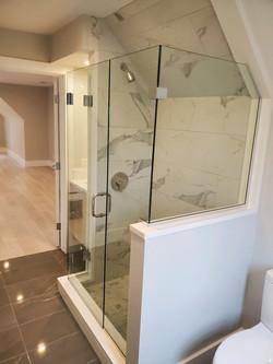 Frameless Door, Panel & Angled Glass Return