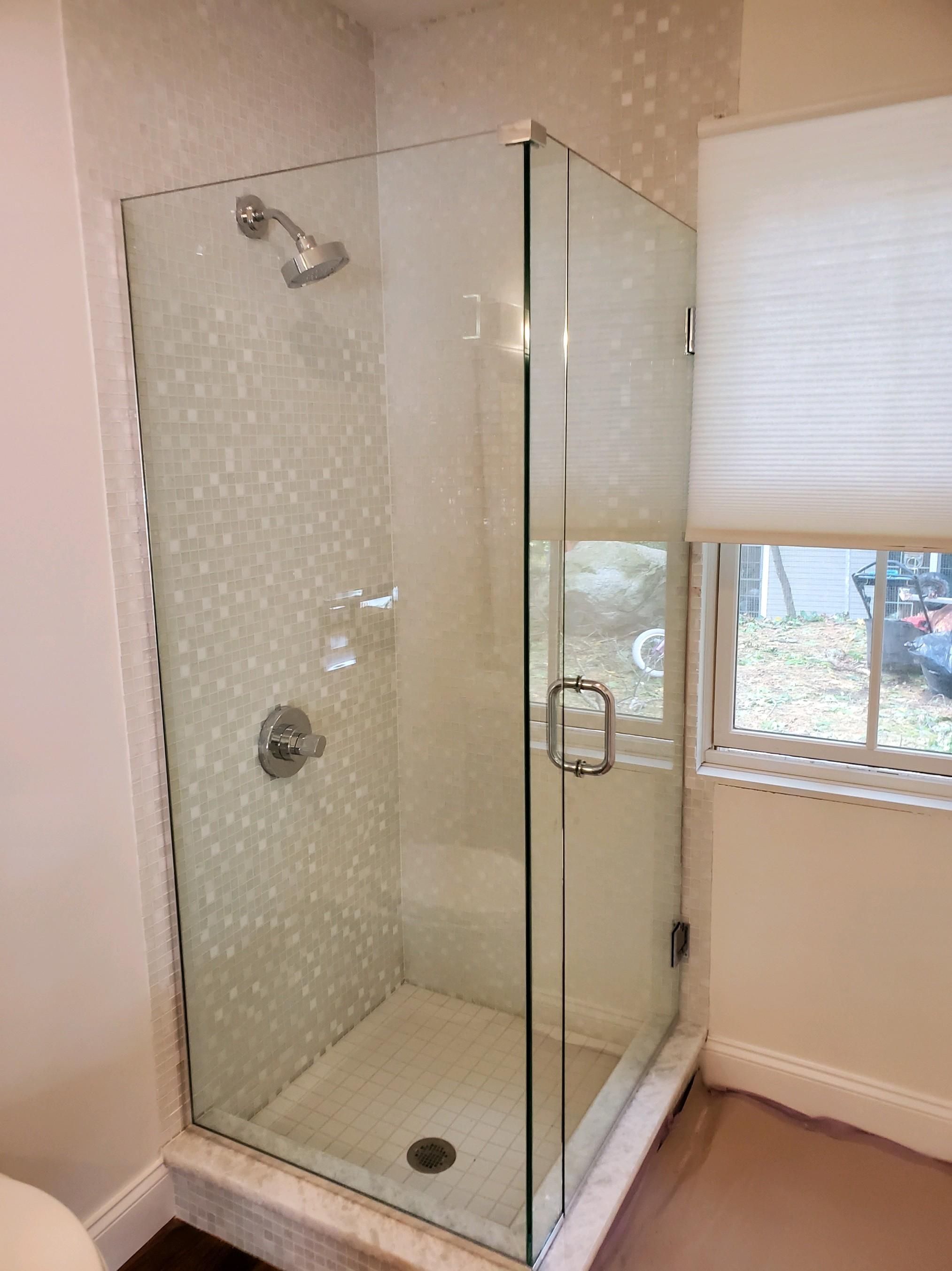 Frameless Shower Corner Stall