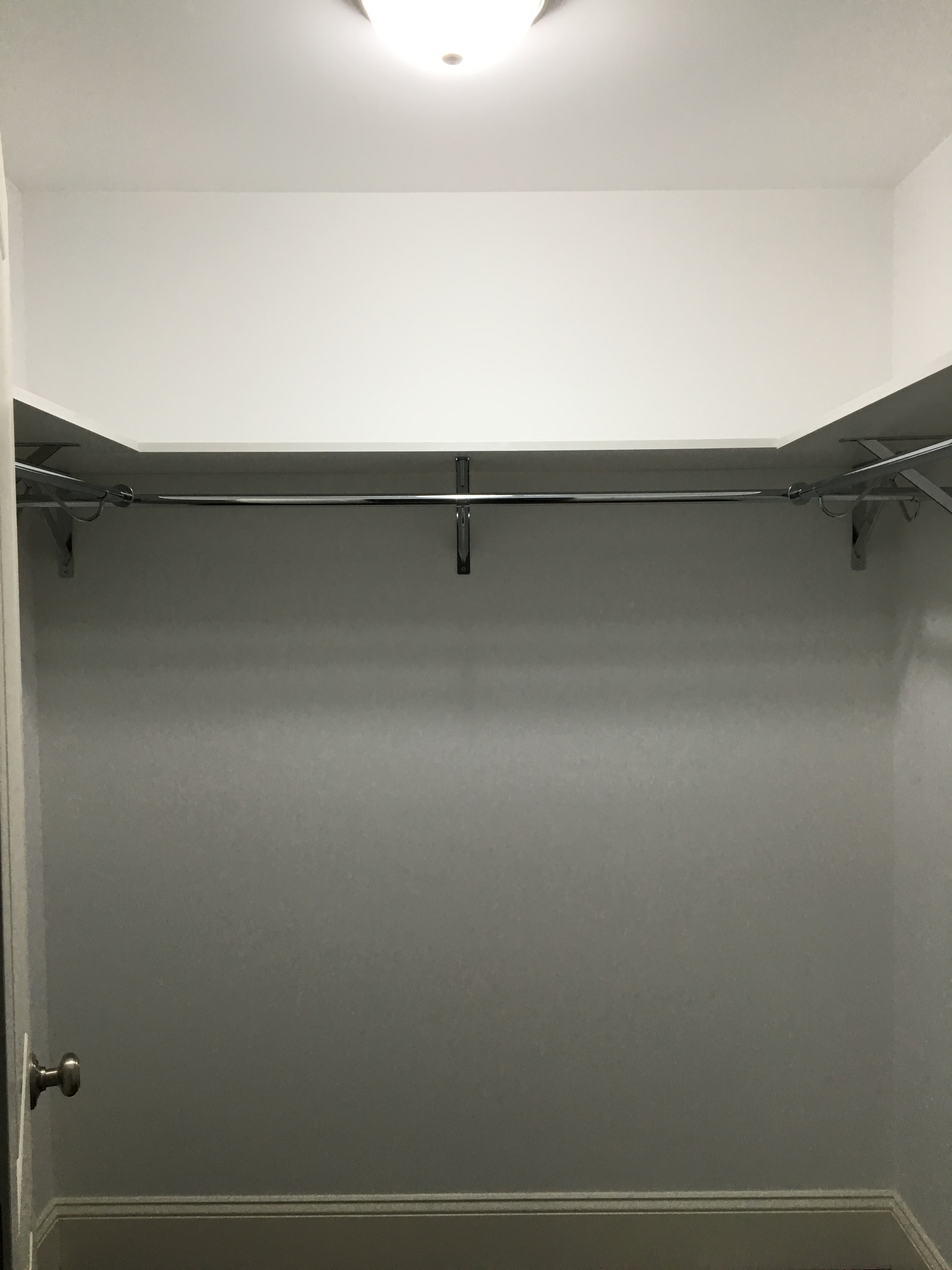 White Classica Shelf and Rod